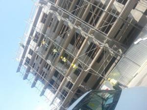 Budynek w trakcie prac budowlanych