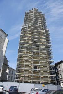 Rusztowanie ustawione do renowacji budynku